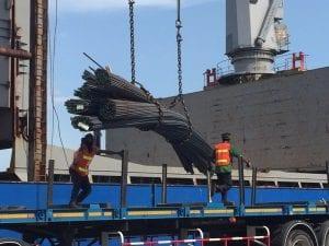 การขนส่งทางเรือแบบผสม ด้วยทางบก